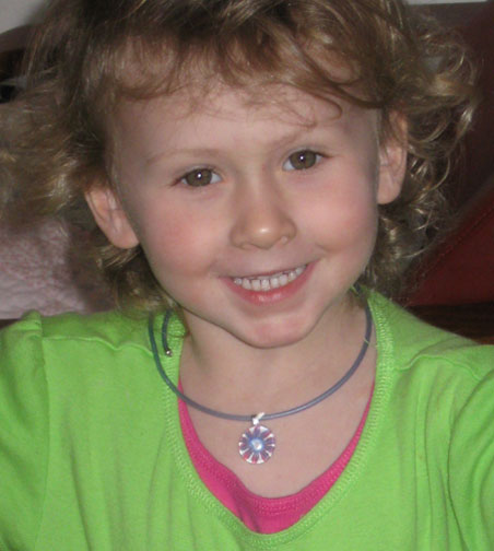 Child's pendant choker